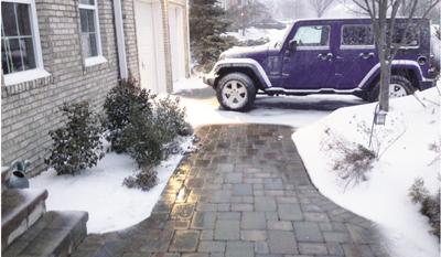 Snow-Melting-on-walkway