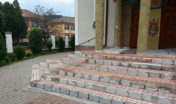 biserica-medias-1