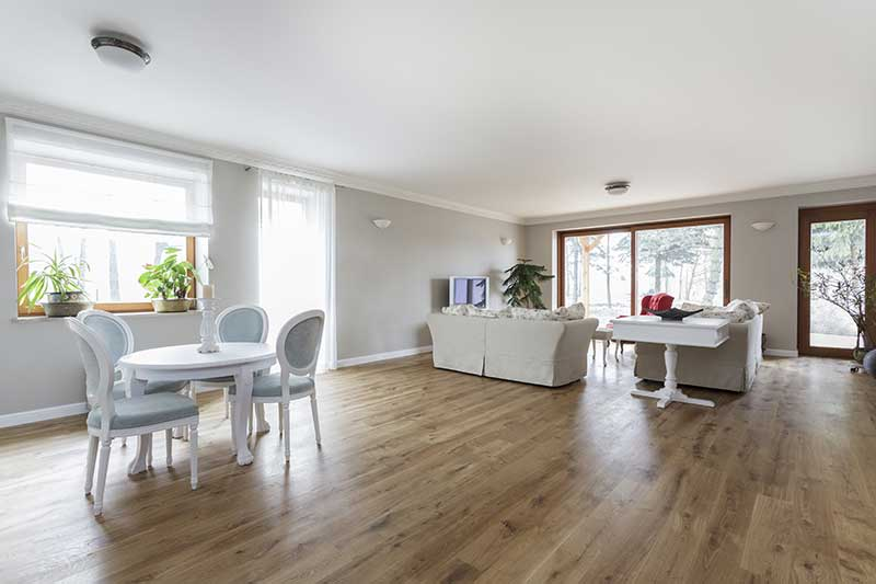 Can I Use Floor Heating Under Wooden Floor - What to look for in laminate wood flooring